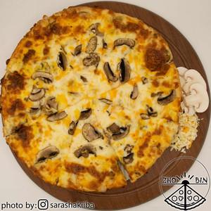 پیتزا قارچ و پنیر دو نفره