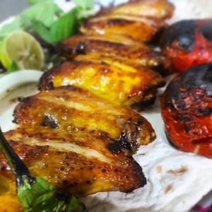 خوراک بال مرغ زغالی