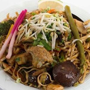 نودل ژاپنی سبزیجات